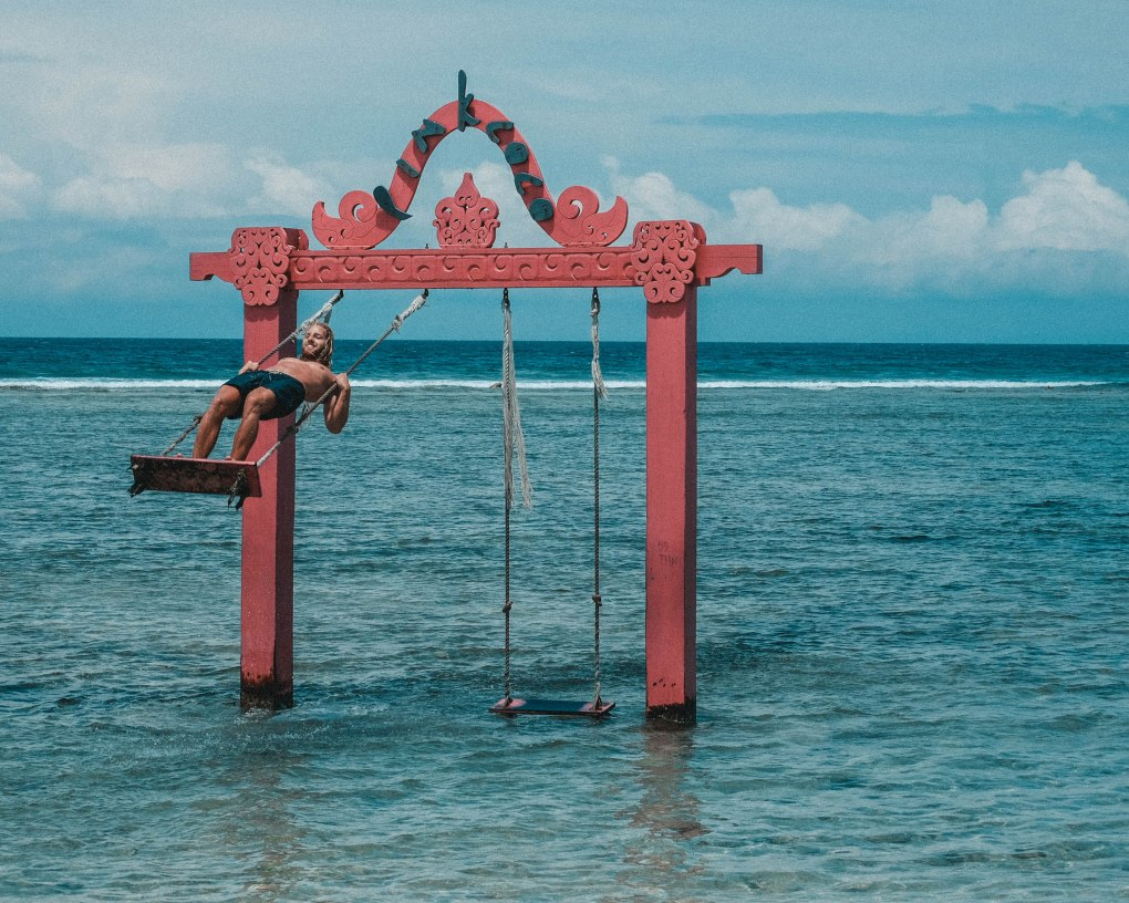 water swing gili trawangan