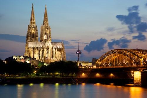 Neroli Annick Goutal Cologne_Cathedral_and_the_Hohenzollern_Bridge WikiMedia