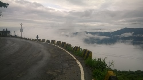 India Adventure 2017 Road_to_Darjeeling WikiMedia