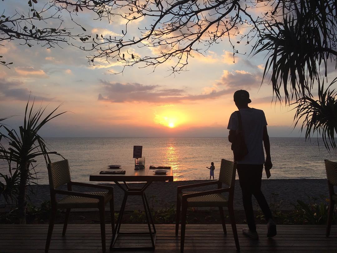 Senggigi ini terkenal dengan pemandangan matahari terbenamnya yang cantik via @rusli_ck