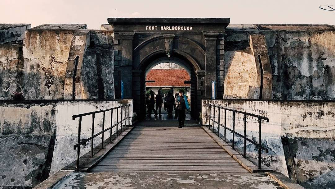 Benteng Marlborough, Bengkulu via @romyindraw