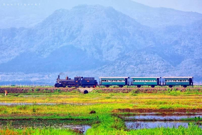 Kereta Wisata Ambarawa via @dzulfiqaraf