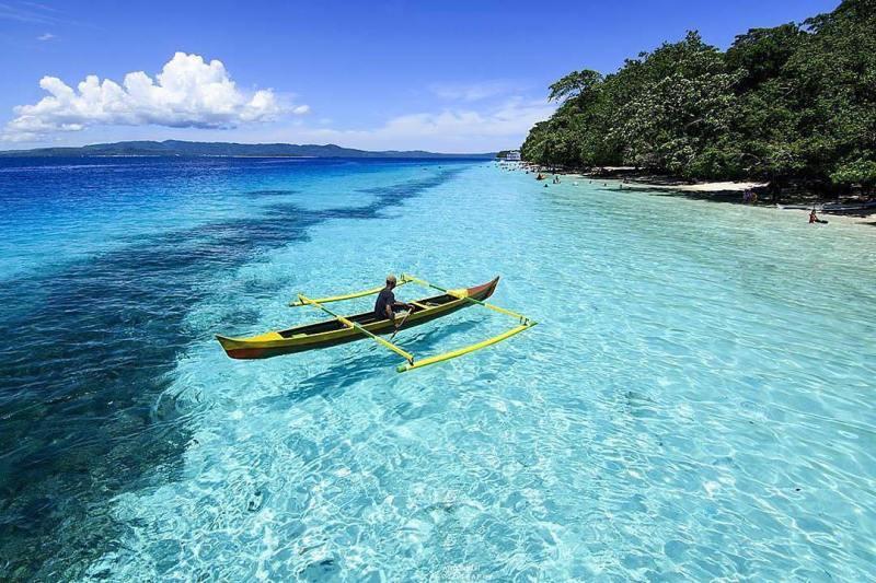 Pantai Liang, salah satu wisata pantai di Ambon yang bisa anda kunjungi via @atha_sukur