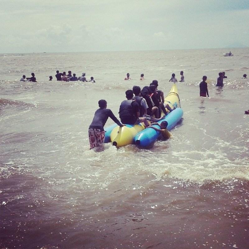 Pantai ini populer di kalangan wisatawan via @taryfadhillah98