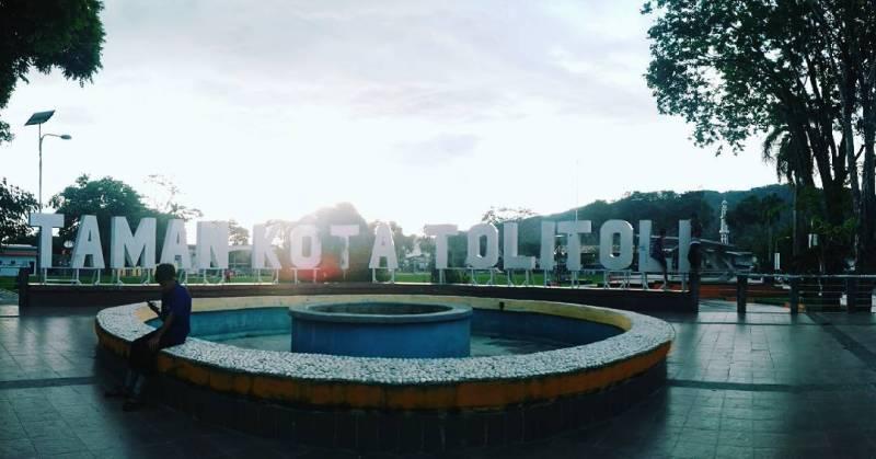 Jangan lupa untuk berkunjung ke Taman Kota Toli Toli via @_dina06