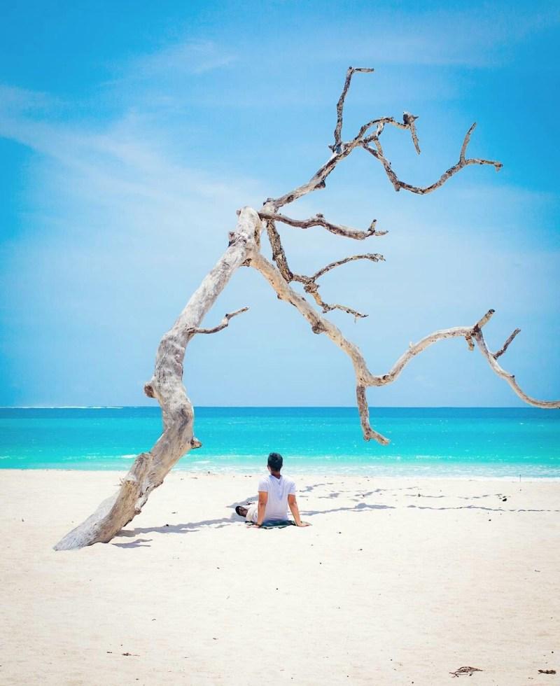 Pantai Tarimbang via @videolucuhaha