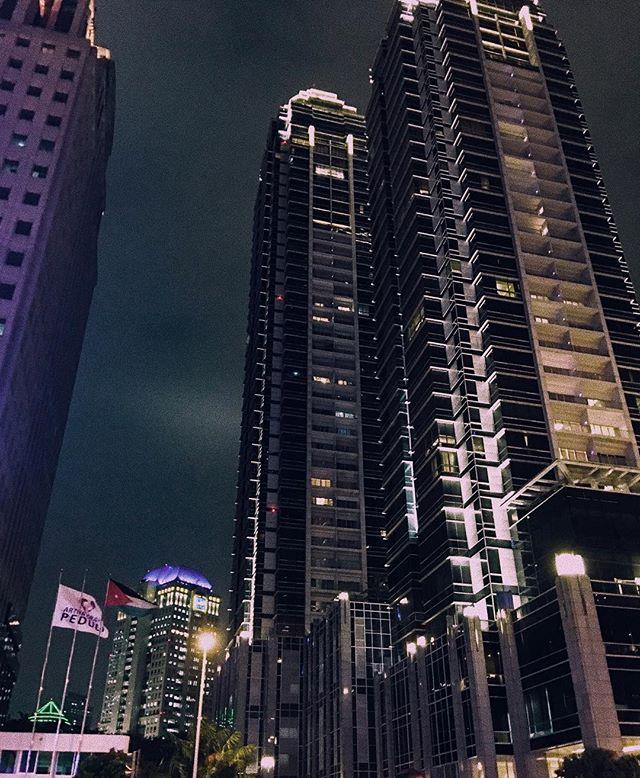 ini adalah tempat dimana gedung-gedung tinggi di Jakarta berada via @erlindaariani