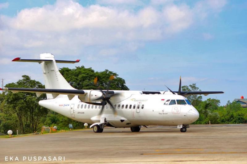 Anda bisa pergi ke Bontang dengan menggunakan jalur darat atau udara dengan naik pesawat terbang. via @epuspa