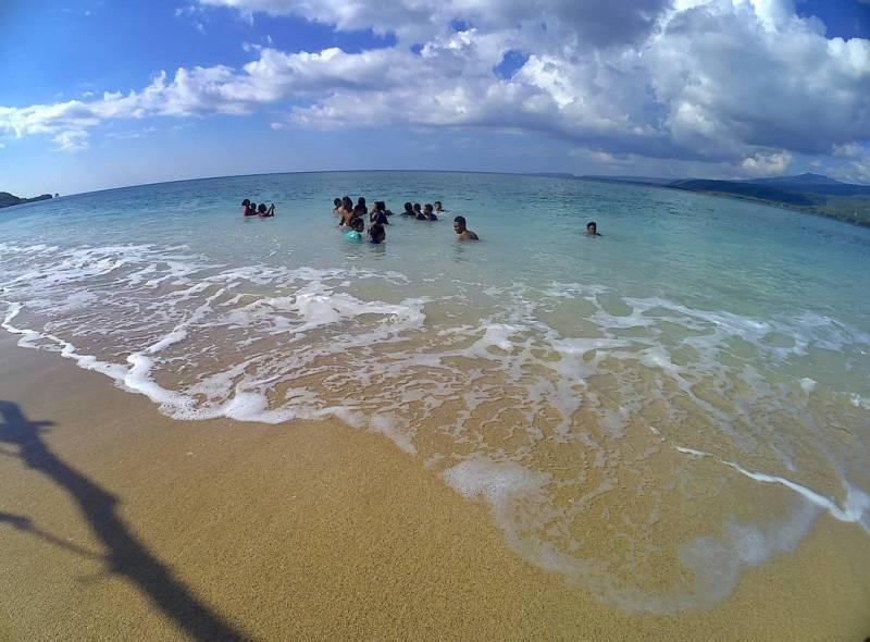 Liburan ke Larantuka harus main ke pantainya! via @chonchitta