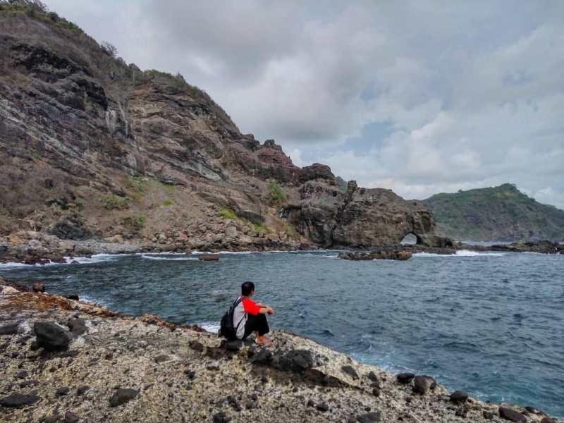 Daftar Tempat Wisata Pantai Di Blitar Jawa Timur Lengkap Pantai Legundi Blitar