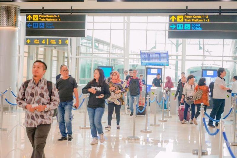 Jadwal Kereta Api Medan Bandara Kualanamu Terbaru Tahun 2019 Untuk Rute Stasiun Medan ke Stasiun Bandara Kualanamu.