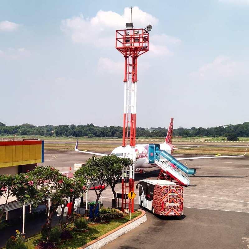 Pesawat di Bandara Halim Perdana Kusuma Airport
