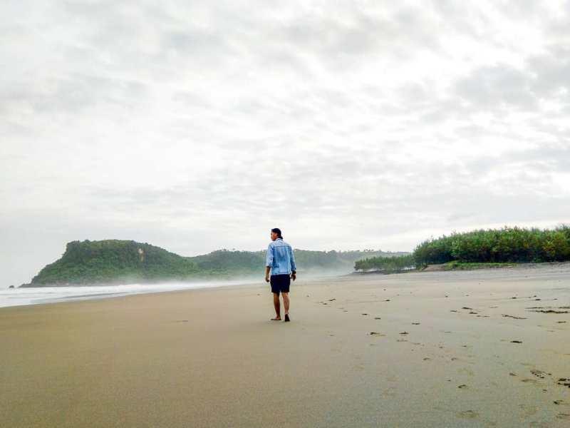 Daftar Tempat Wisata Pantai Di Blitar Jawa Timur Lengkap Pantai Pasur Blitar Pantai Pasur Blitar