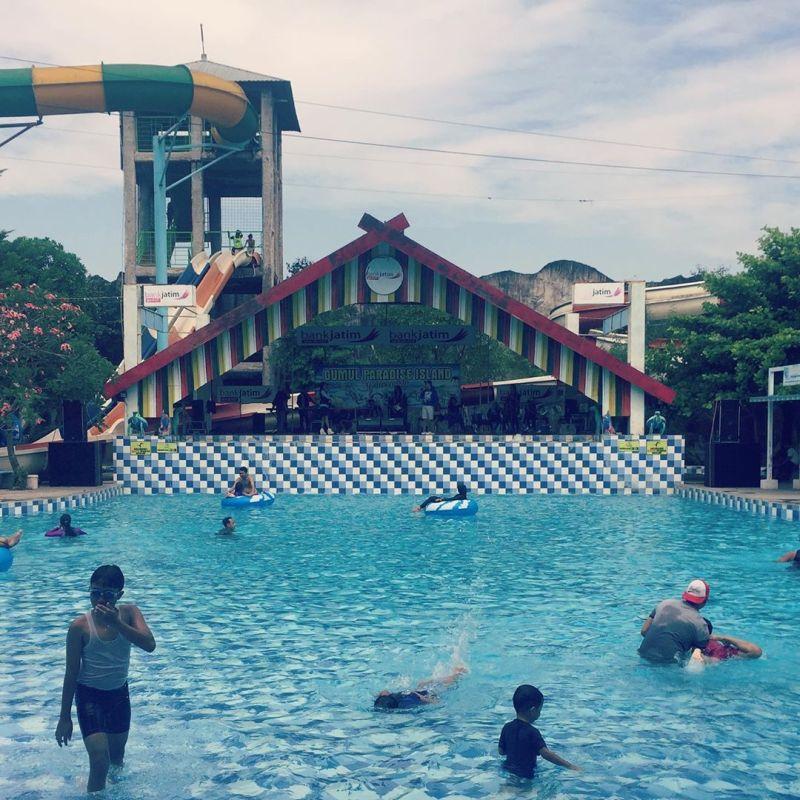 Daftar Tempat Wisata Di Kediri Jawa Timur Lengkap - Gumul Paradise Island Waterpark