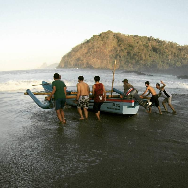 Daftar Tempat Wisata Pantai Di Blitar Jawa Timur Lengkap Pantai Gurah Bahari Blitar