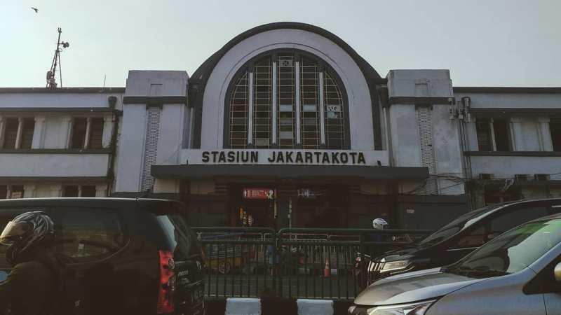 Stasiun Kereta Api Di Indonesia