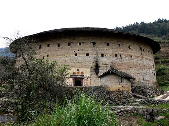 perierga.gr - Σπίτια φρούρια