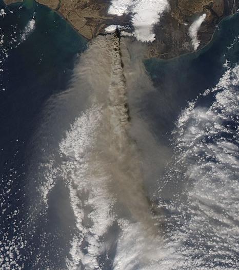 που χρονολογείται από το MT. St. Helens ρέει λάβα