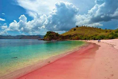 perierga.gr - Οι 10 πιο ροζ... παραλίες στον κόσμο!