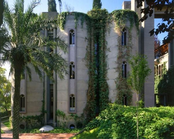 Perierga.gr - Παλιό εργοστάσιο τσιμέντου μεταμορφώνεται σε εντυπωσιακή κατοικία