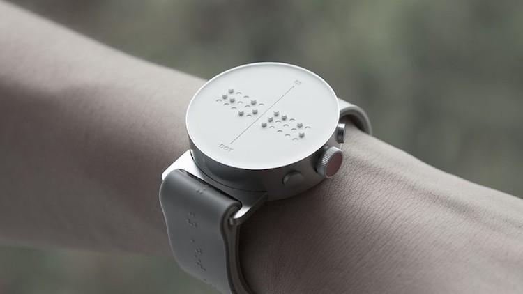 perierga.gr - Το πρώτο ρολόι με κείμενο σε Μπράιγ!