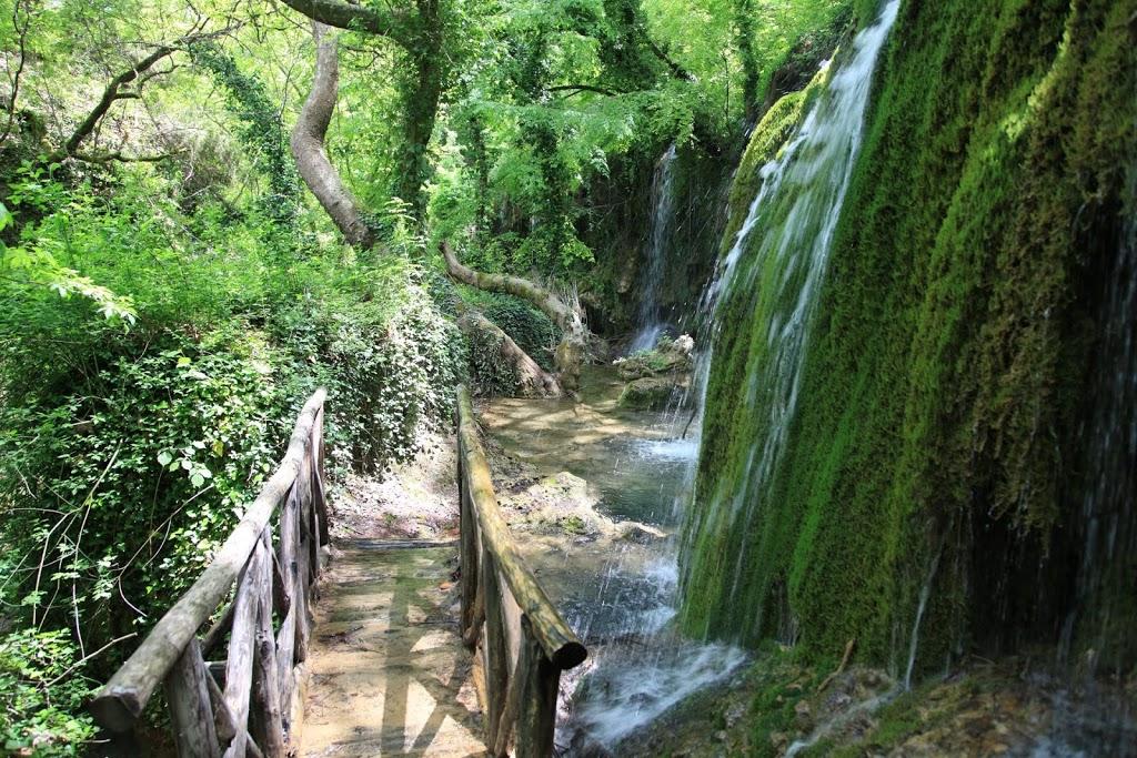 perierga.gr - Μια βόλτα στους ωραιότερους καταρράκτες της Ελλάδας!