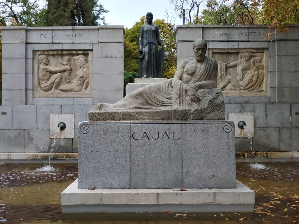 santiago-ramon-y-cajal-premio-nobel-monumento-simbolos-simbologia-madrid-jardines-buen-retiro-parque-historia