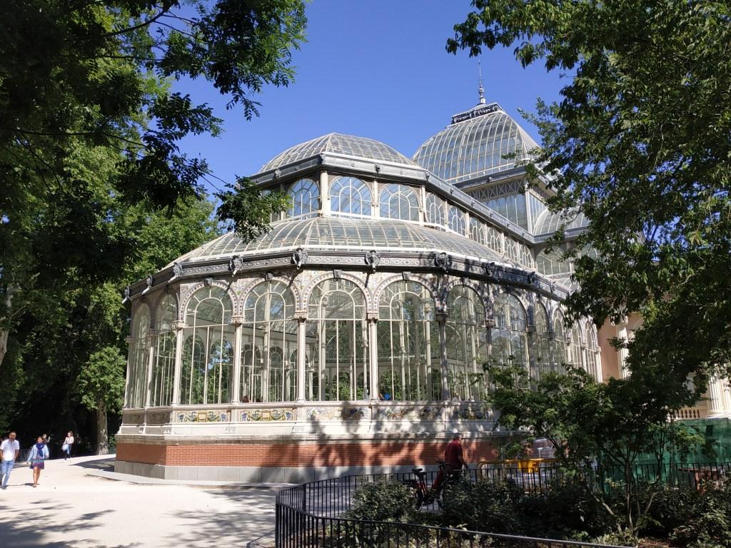 crystal-palace-exposition-philippines-art-madrid-gardens-buen-retiro-park-history-Spain