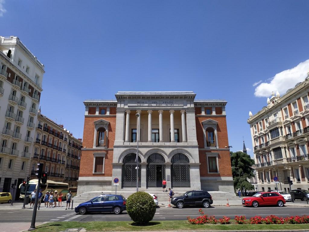 palacio-real-sitio-cason-salon-de-reinos-madrid-jardines-buen-retiro-parque-historia