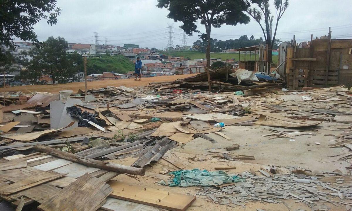 Moradores deixam ocupação no Grajaú, mas seguem lutando por teto