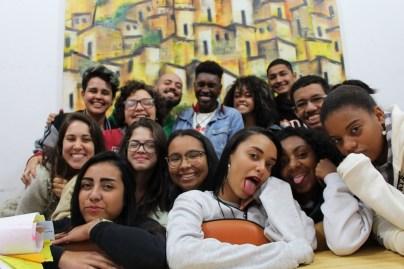 Parte da turma que participou do curso 'Repórter da Quebrada' em 2017