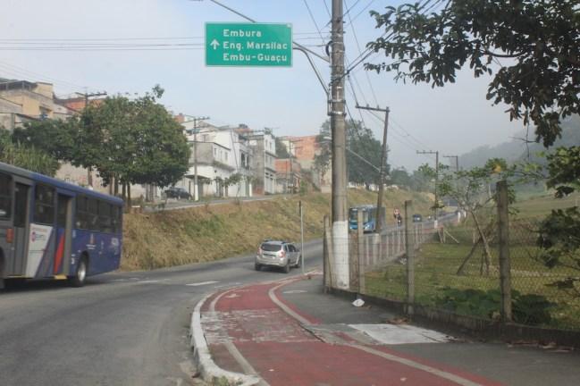 Estrada Engenheiro Marsilac (Foto: Matheus Oliveira/Periferia em Movimento)