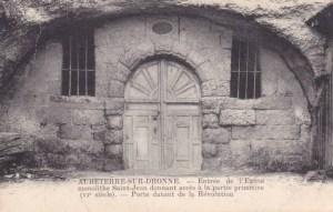 Carte postale ancienne : porte du XVIIe siècle.