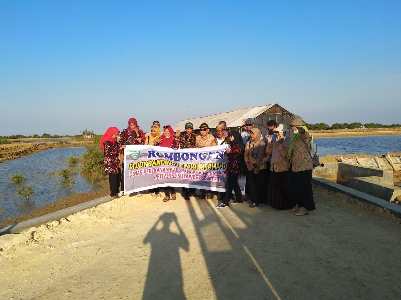 Study Banding Pelaku Usaha Garam Dinas Perikanan Kab. Pangkajene Provinsi Sulawesi Selatan