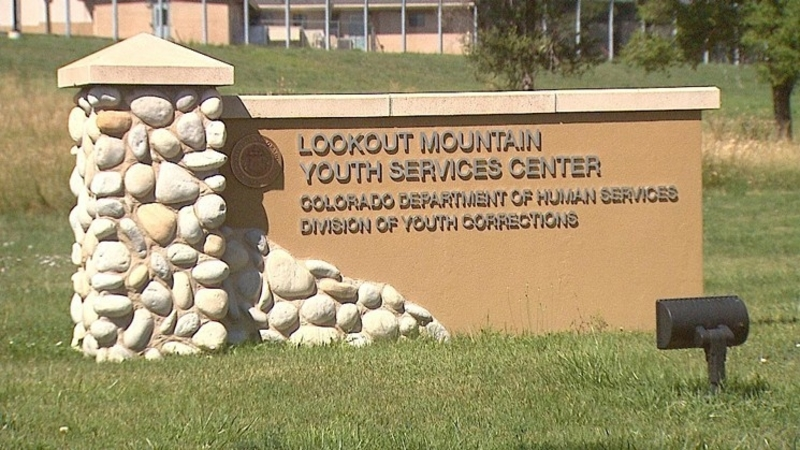 Attack on Guard and Escape at Lookout Mountain Youth Services Center, Colorado