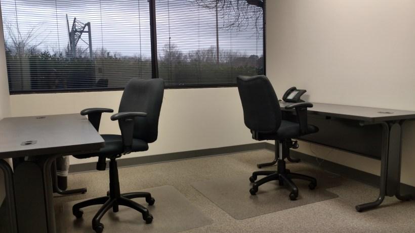 nashville-office-space-small-window