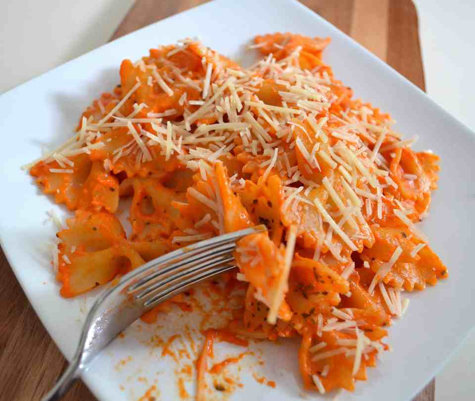 plate of delicious roasted red pepper pasta