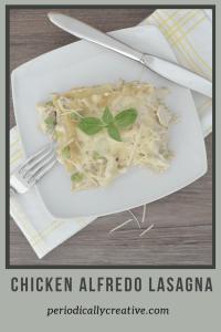 A pinable image of chicken alfredo lasagna