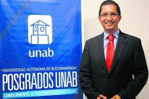 Cesar Darío Guerrero Santander, director del Centro de Excelencia y Apropiación en Internet de las Cosas en la Universidad Autónoma de Bucaramanga, Unab. /FOTO SUMINISTRADA.