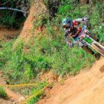 Para tomar un descenso en bicicleta de montaña, se necesita una bicicleta de, al menos, siete velocidades, que puede costar entre siete y 20 millones de pesos, unos frenos de disco hidráulico y protectores para el cuerpo. /FOTO SUMINISTRADA POR GABRIEL FRANCO
