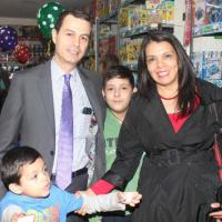 Precio, calidad y variedad...Ofrece Bazar Navideño ISSSTEZAC en Juguetes