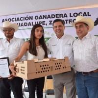 Benefician a 300 productores pecuarios al celebrar 75 Aniversario de la AGLG