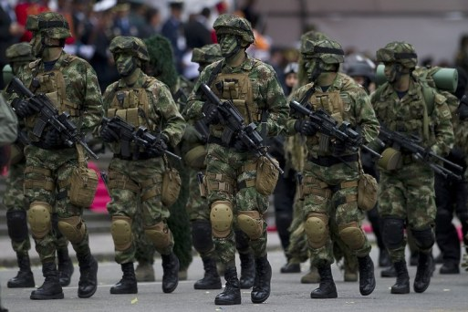 Colombian special forces parade during the celebrations for the independence of Colombia on July 20, 2011.    AFP PHOTO/Luis Acosta (Photo credit should read LUIS ACOSTA/AFP/Getty Images)