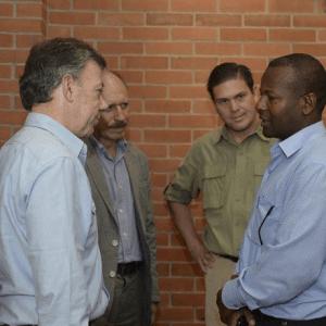 con-el-presidente-el-ministro-de-defensay-el-gobernador-del-cauca-2