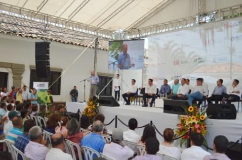 Firma-Vargas-Lleras-1