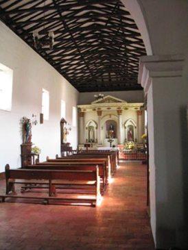 Interior_Iglesia_thumb_1