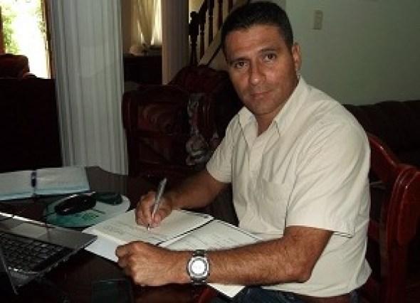 12142426Huver.Ramos.alcalde.de.La.Sierra
