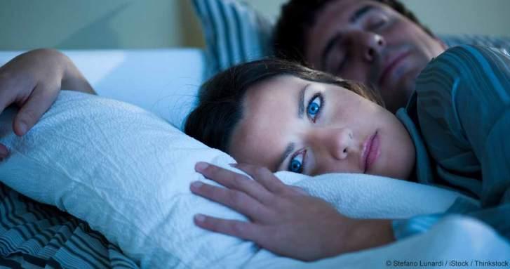 woman-cannot-sleep-fb