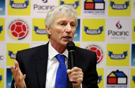 El seleccionador colombiano de fútbol José Pekerman dio este viernes una conferencia de prensa, antes de viajar a Europa para una concentración con el elenco nacional. (Colprensa-Raúl Palacios).