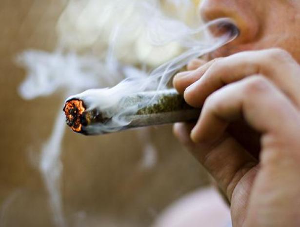 marihuana_fumando_afecta